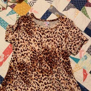 Lularoe leopard (cheetah?) Carly